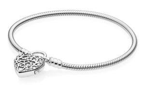 Bracelet Pandora Moments 69€
